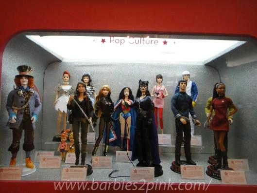 Pop Culture: Chapeleiro Maluco, Flinstones, Jogos Vorazes, Canário Negro, Mulher Maravilha, Mulher Gato, Speed Racer e Star Trek | Foto: Caori