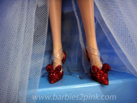 Os sapatos de rubi reinventandos | Foto: Caori