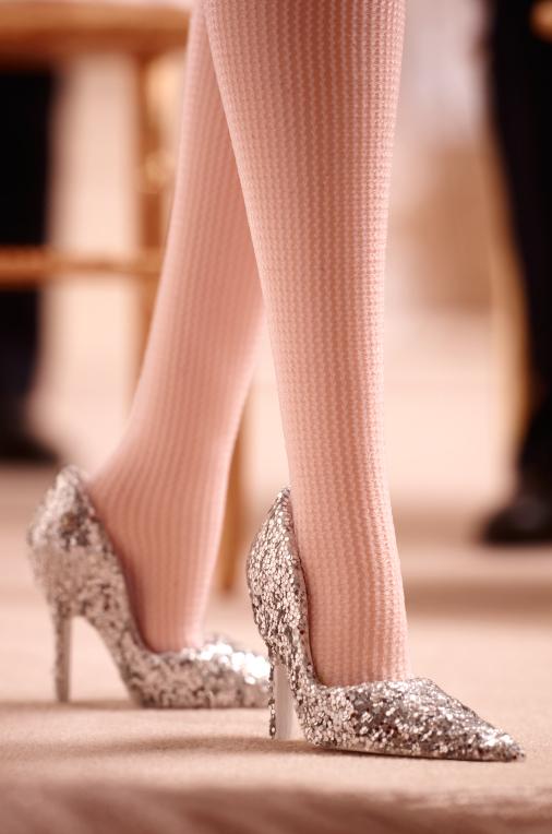 Scarpin com muito brilho | Foto: Barbie Collector